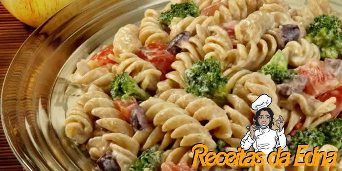 salada-de-macarrao-com-tomate-e-brocolis